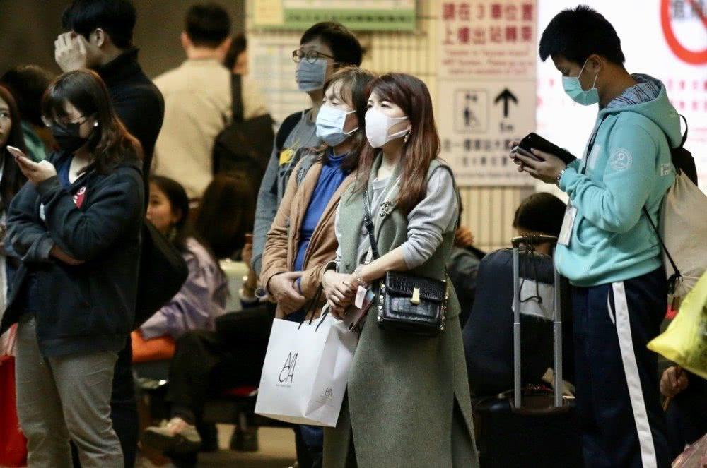 台北市长柯文哲感染病毒,突然取消所有公开行程!
