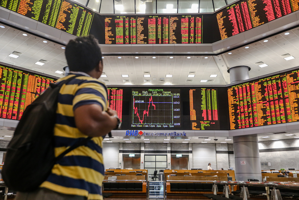 Bursa Malaysia ends morning session above crucial 1,600 level amid state of Emergency