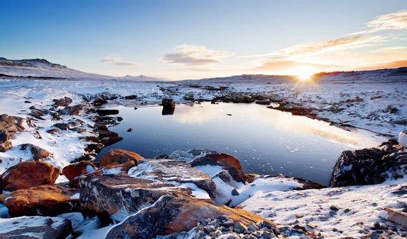 Falklands lockdown: Child critically ill with first suspected coronavirus case