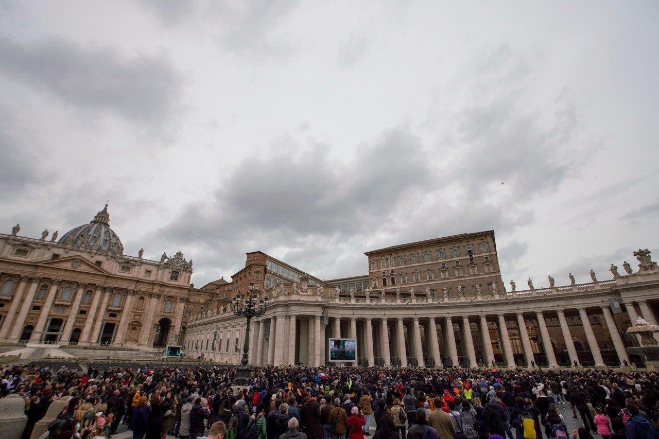 教皇接受新冠病毒检测出结果 一天前现身还在咳嗽(图集)