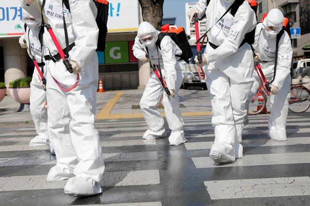 In Daegu, Coronavirus Keeps Koreans and Foreigners Indoors