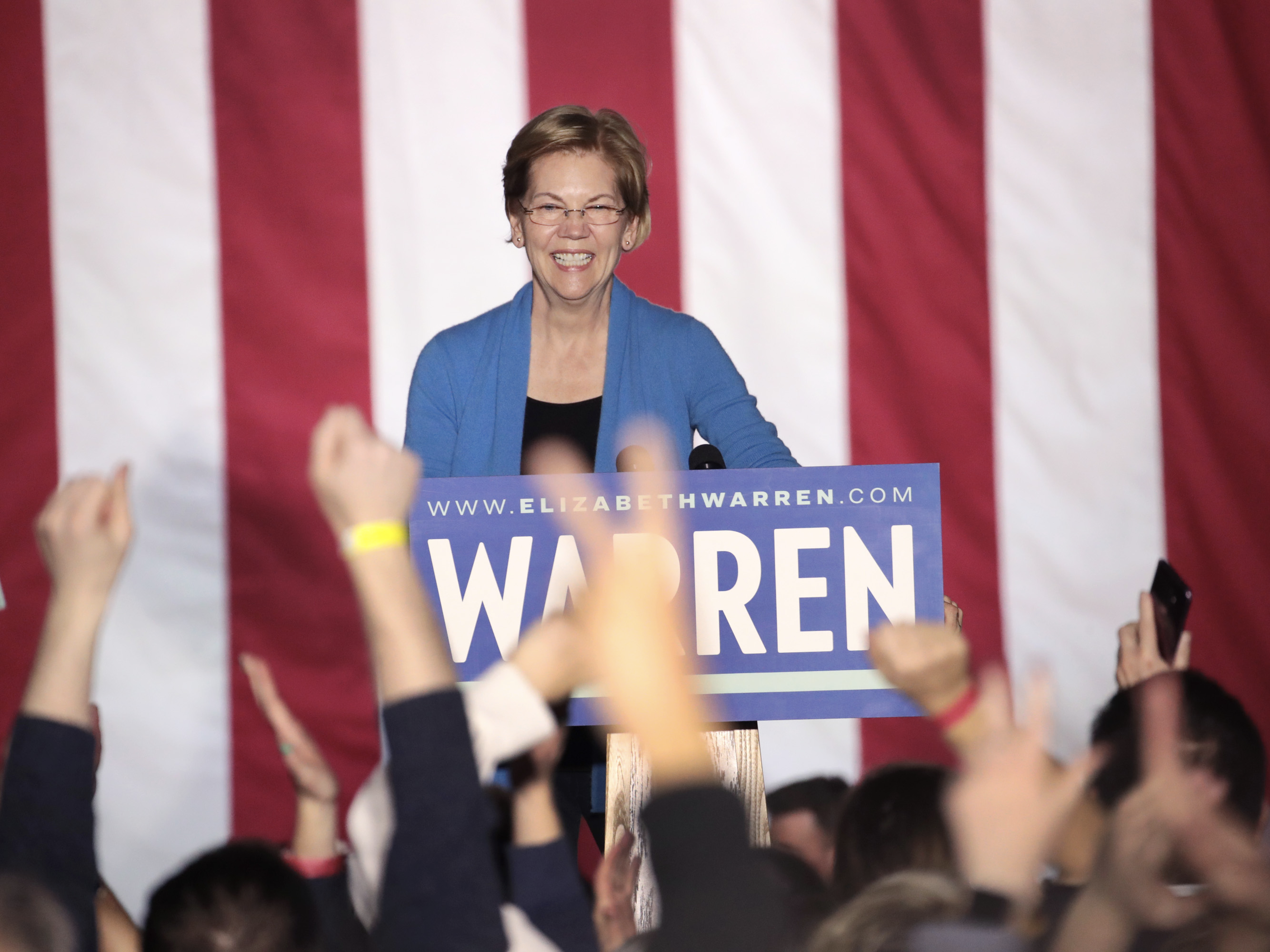 The numbers are clear: Bernie Sanders' best chance at topping Joe Biden may hinge on Elizabeth Warren dropping out now