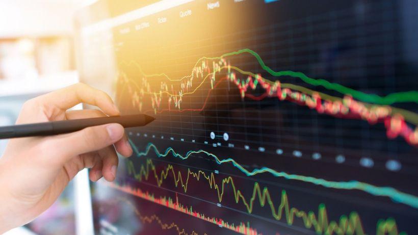 Coronavirus: Panic returns to shares markets
