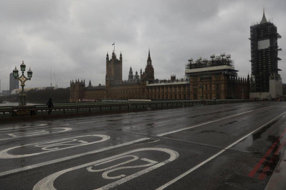 London police shoot dead knifeman near UK Parliament
