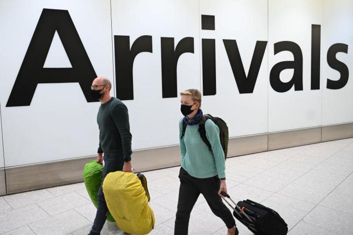 Coronavirus: UK says all those returning from Italian areas under lockdown must self-isolate