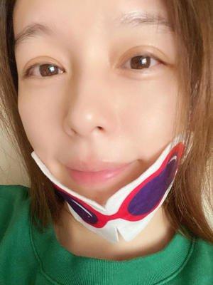 44岁徐若瑄素颜照 网友:这是国中生的脸