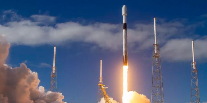 不受新冠疫情影响 SpaceX将于本周六发射新一批Starlink卫星