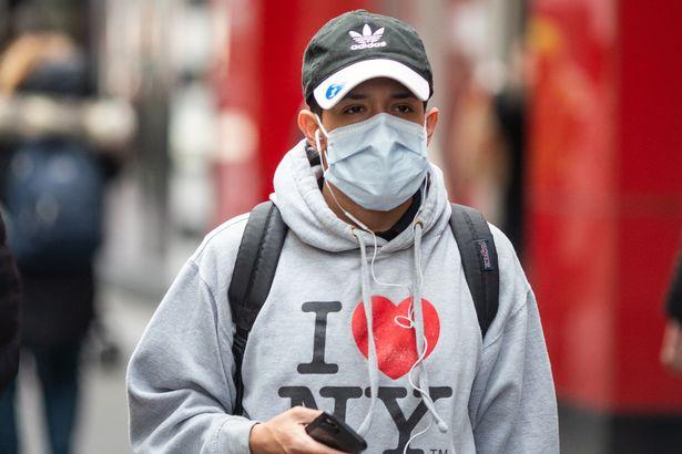 Coronavirus: Donald Trump praises himself as he ignores 22,129 deaths