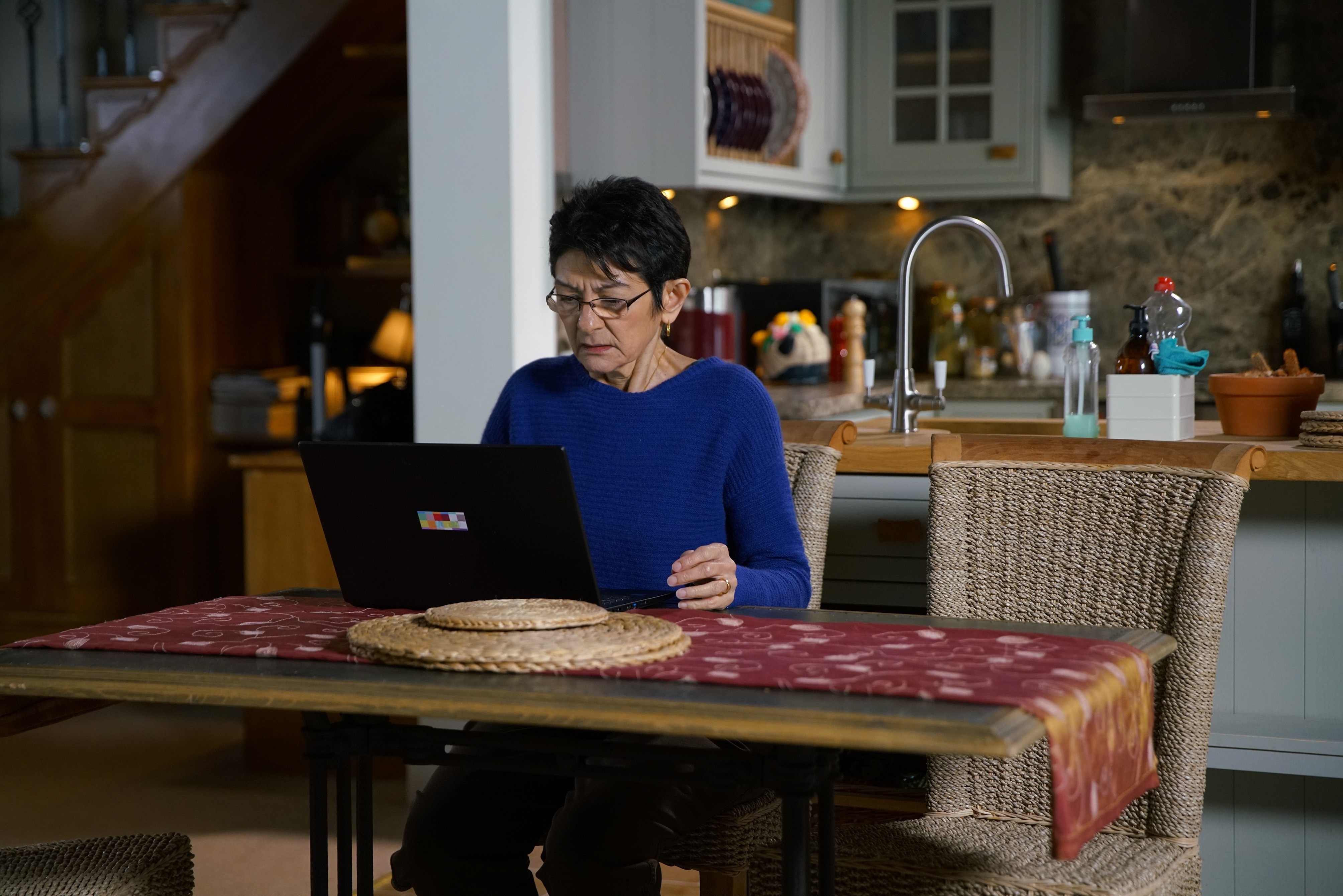 Coronation Street spoilers: Yasmeen Nazir discovers Geoff Metcalfe's huge lie as he threatens Alya?