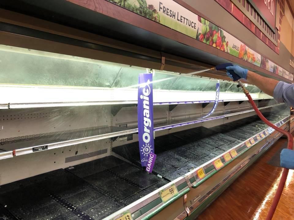 """美国妇女在超市""""狂咳嗽""""还宣称自己确诊新冠肺炎!超市被迫丢弃货品损失15万!"""