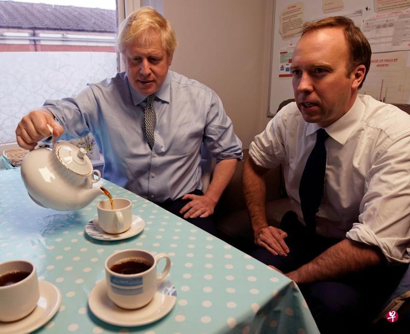 约翰逊与卫生部长汉考克确诊 打击英国抗疫工作