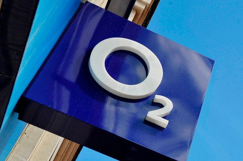 O2 scraps data charges for mental health and financial support websites