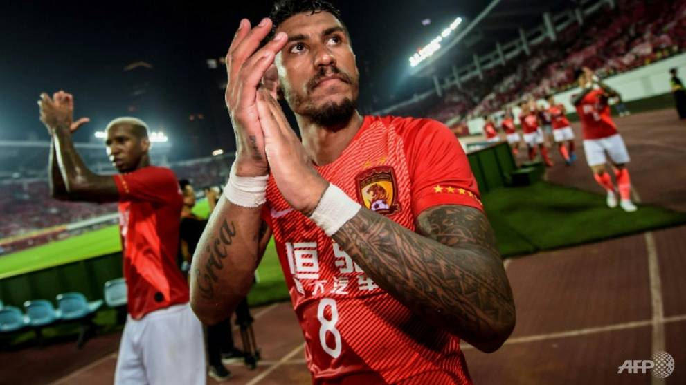 Paulinho among footballers stranded by China's COVID-19 lock-out