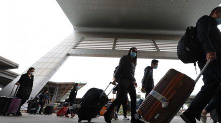 Coronavirus: Hong Kong jails men who flouted Covid-19 quarantine rules