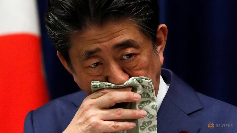 Japan's Abe, deputy avoid joint meetings to cut COVID-19 risk as lockdown pressure builds