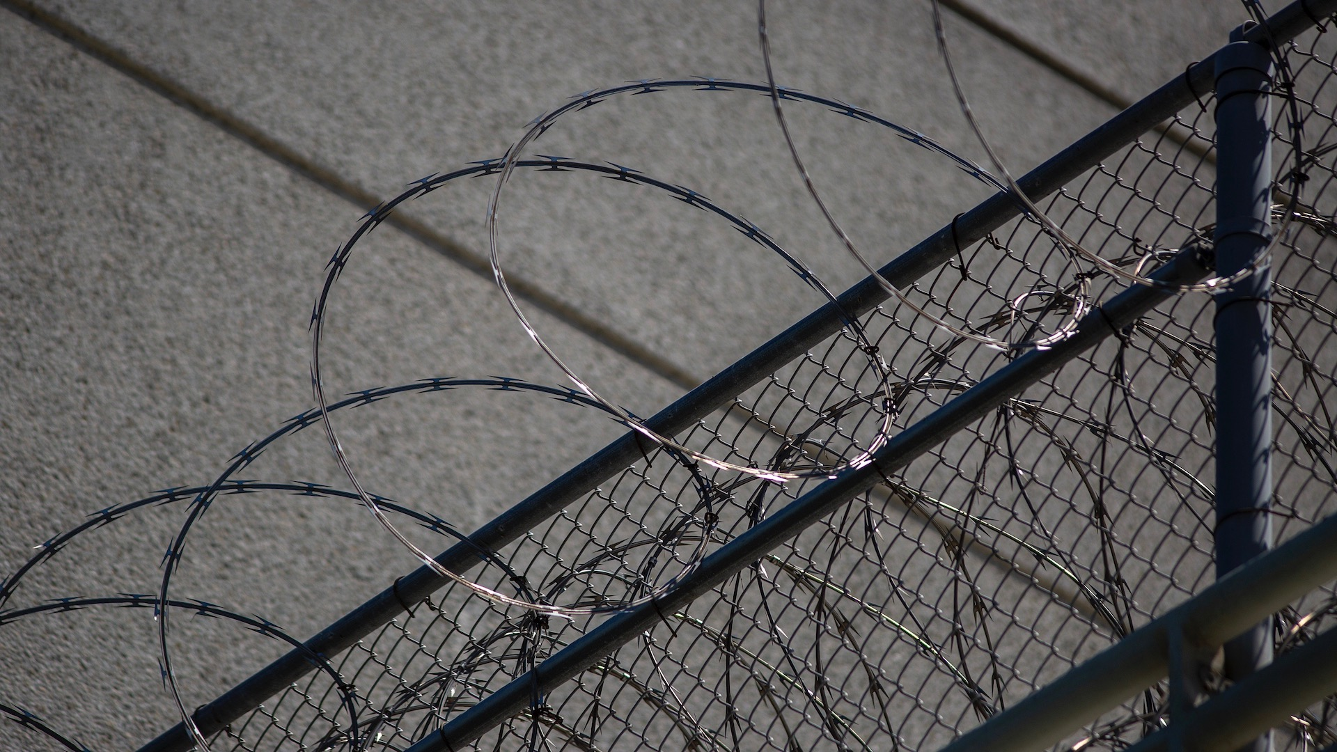 California to Release Thousands of Prison Inmates Over COVID-19 Concerns