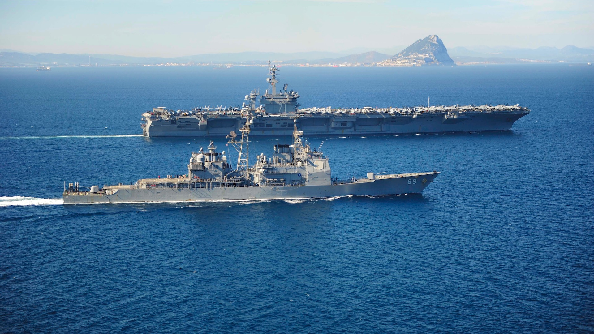 US Navy Commander Relieved of Duty After Raising Concerns Over COVID-19 on Ship