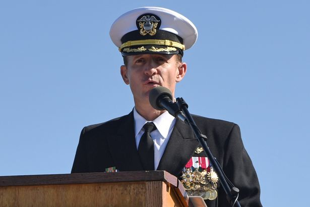 Captain sacked by US Navy after coronavirus warning given incredible sendoff by colleagues