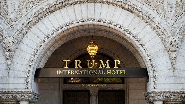 美媒:因新冠大流行,特朗普集团已在加美两国裁员1000多人