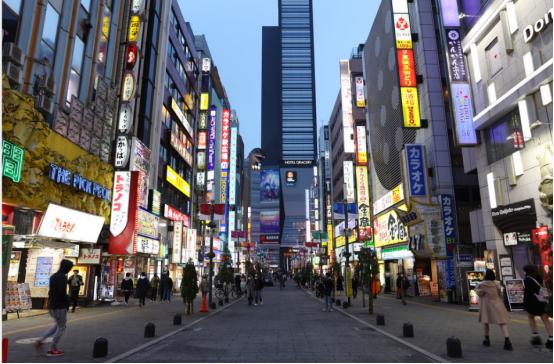 口罩防护服库存近零:继东京之后,大坂成日本第2大疫情重灾区