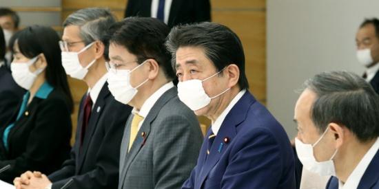 安倍:照现在节奏,东京1个月后确诊患者将超8万人