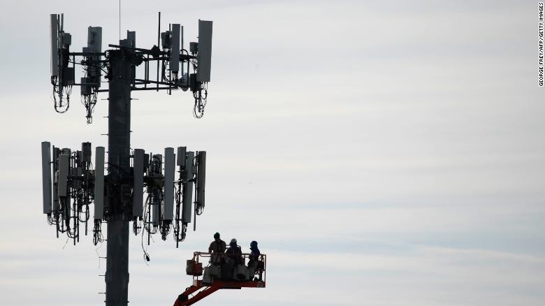 Verizon stops in-home internet repairs and installations except for emergencies