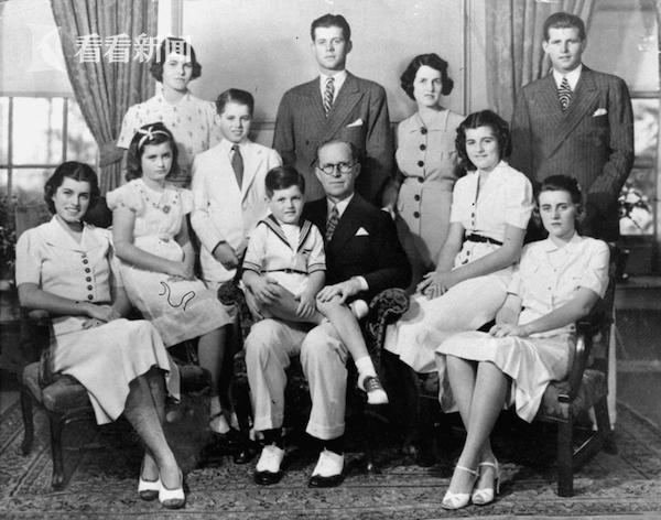 肯尼迪家族又遭不幸:母子失踪后一人遗体被找到