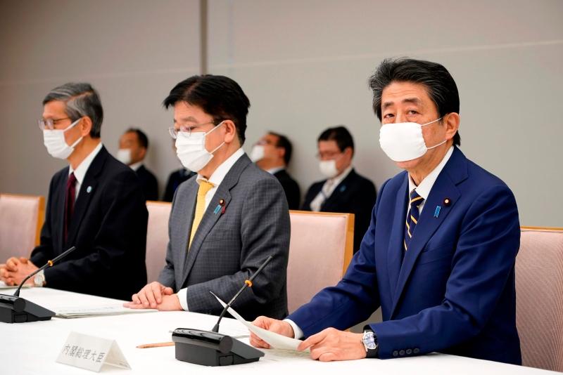 安倍宣布东京等7地进入紧急事态