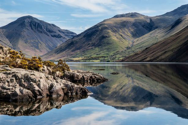 Family heading for Lake District trip during lockdown turned around by police