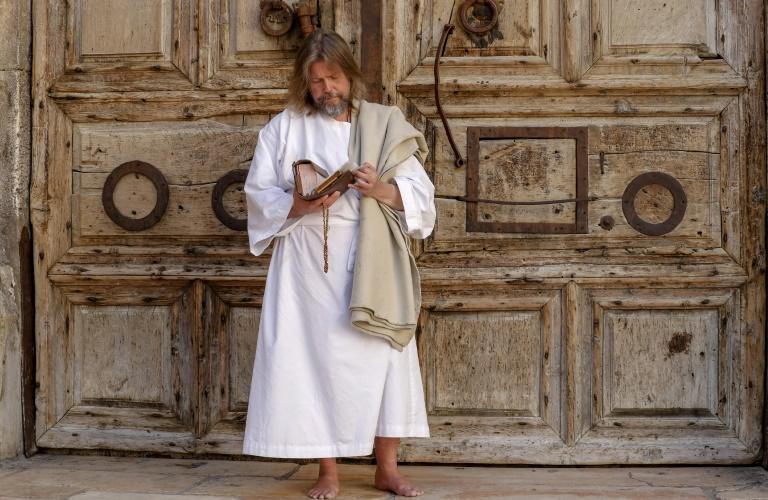 Christians mark sombre Easter in Jerusalem