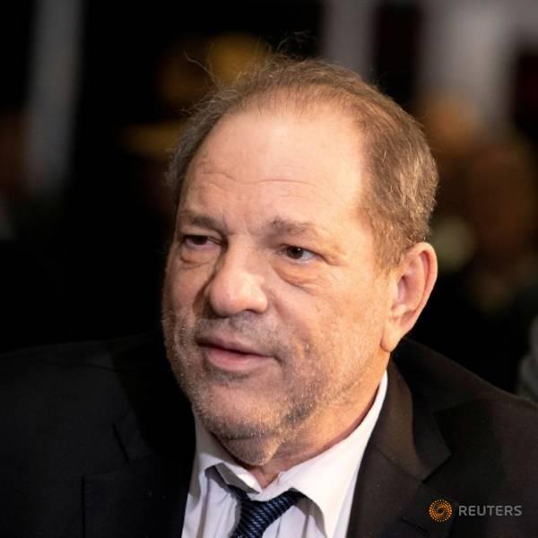 Harvey Weinstein free of COVID-19 symptoms, according to his spokesman