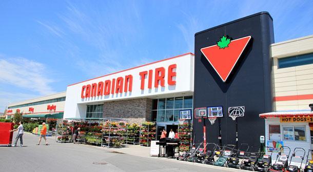 大型连锁店加拿大轮胎捐16万个口罩给医院和团体