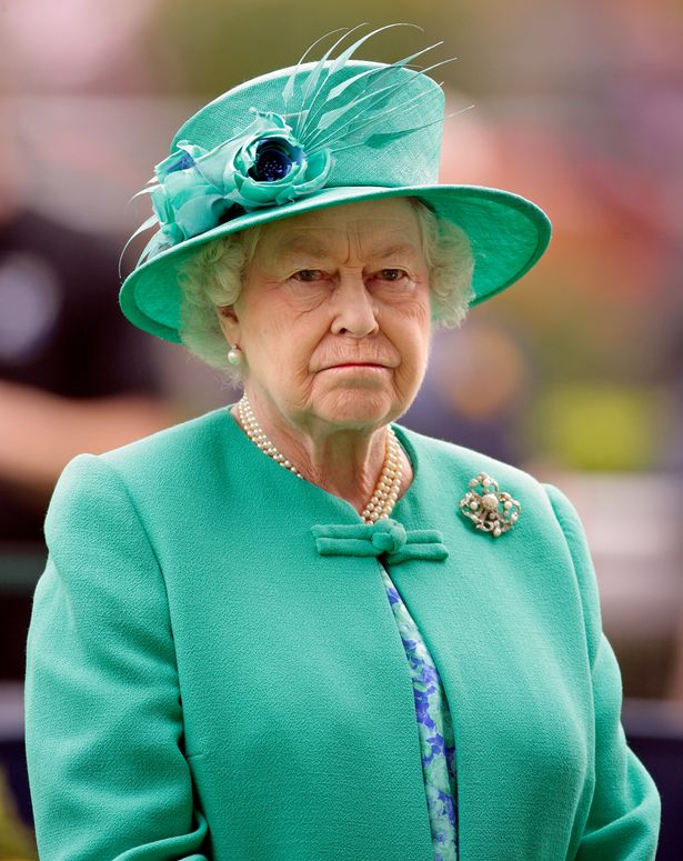 Queen's 'golden triangle' that keeps her informed of secret government plans