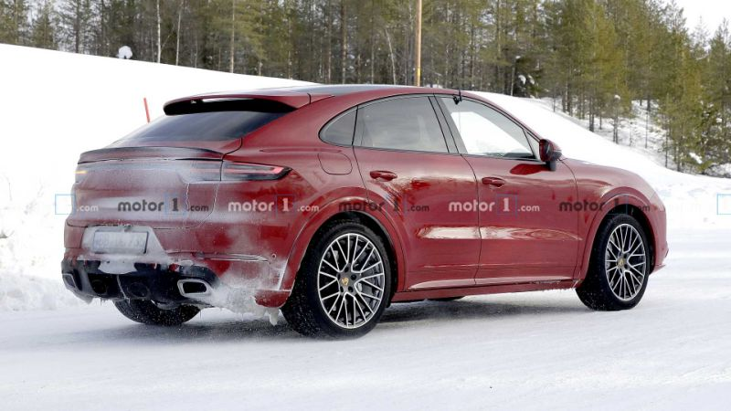 Porsche Cayenne Coupe spied testing in new mysterious version
