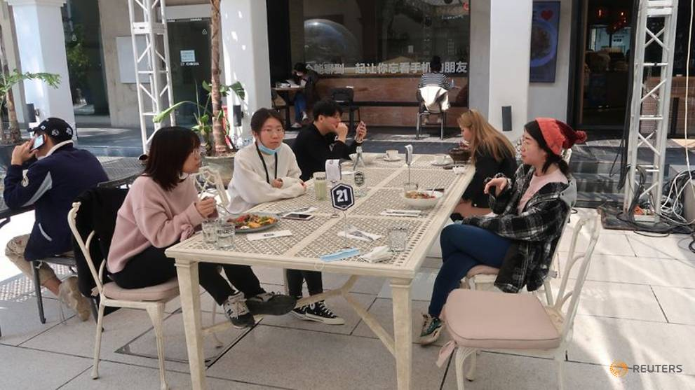 COVID-19 'new reality' bites deep into Beijing eatery chain
