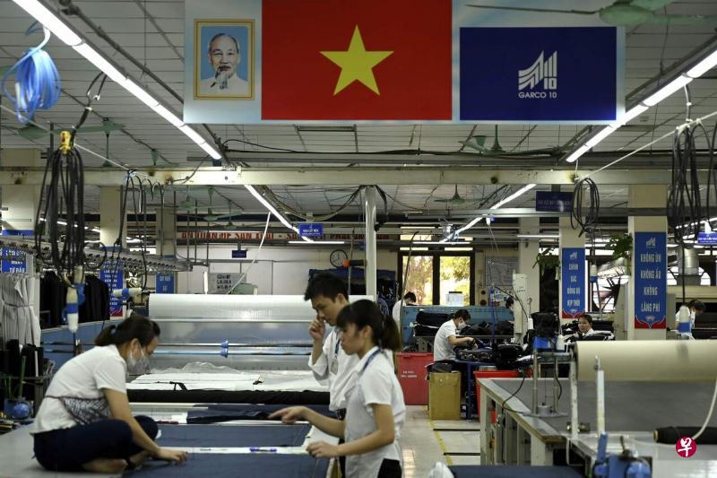 越南忧群聚感染 宝成人员分流