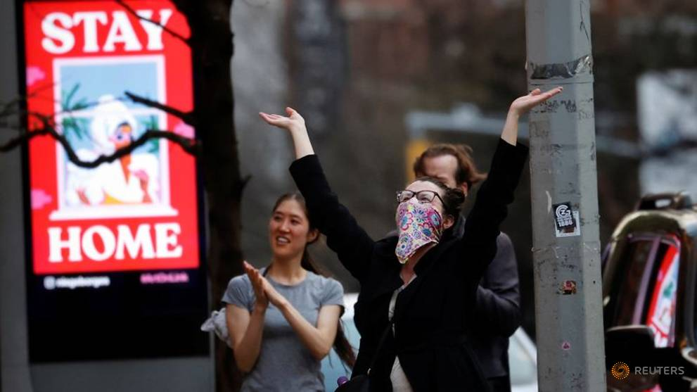 New York hospitalisations fall for first time in coronavirus pandemic