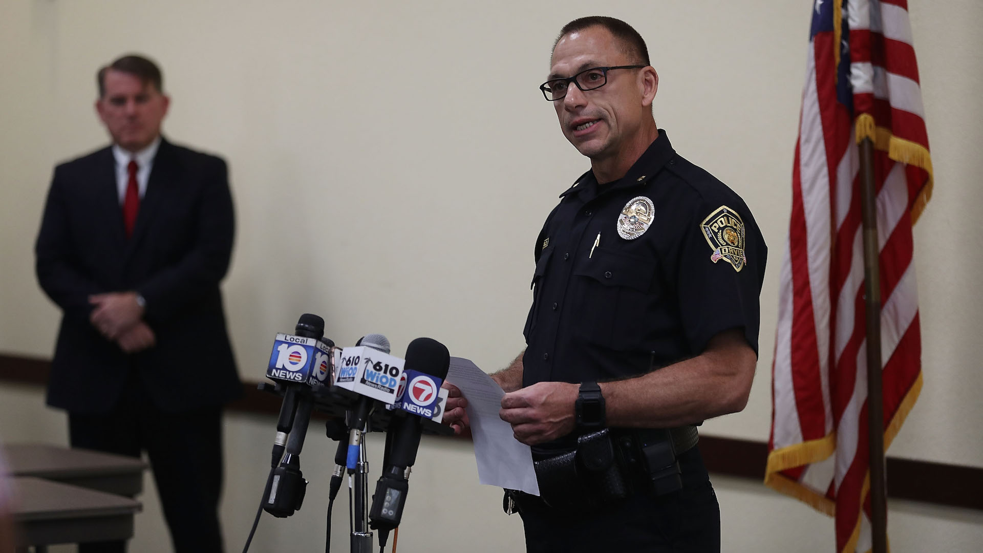 Florida Police Chief Suspended for Allegedly Claiming Officer Died of COVID-19 Because He Was Gay