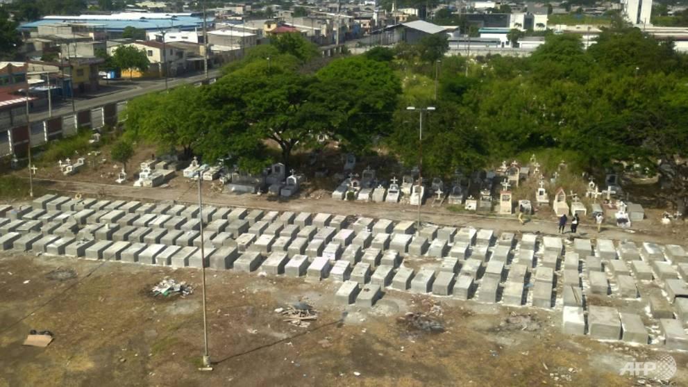 Virus hit 'like a bomb' as toll rises in Ecuador's business capital