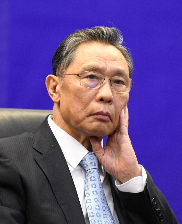 中国45项临床试验撤销‧钟南山:因为疫情被遏制了