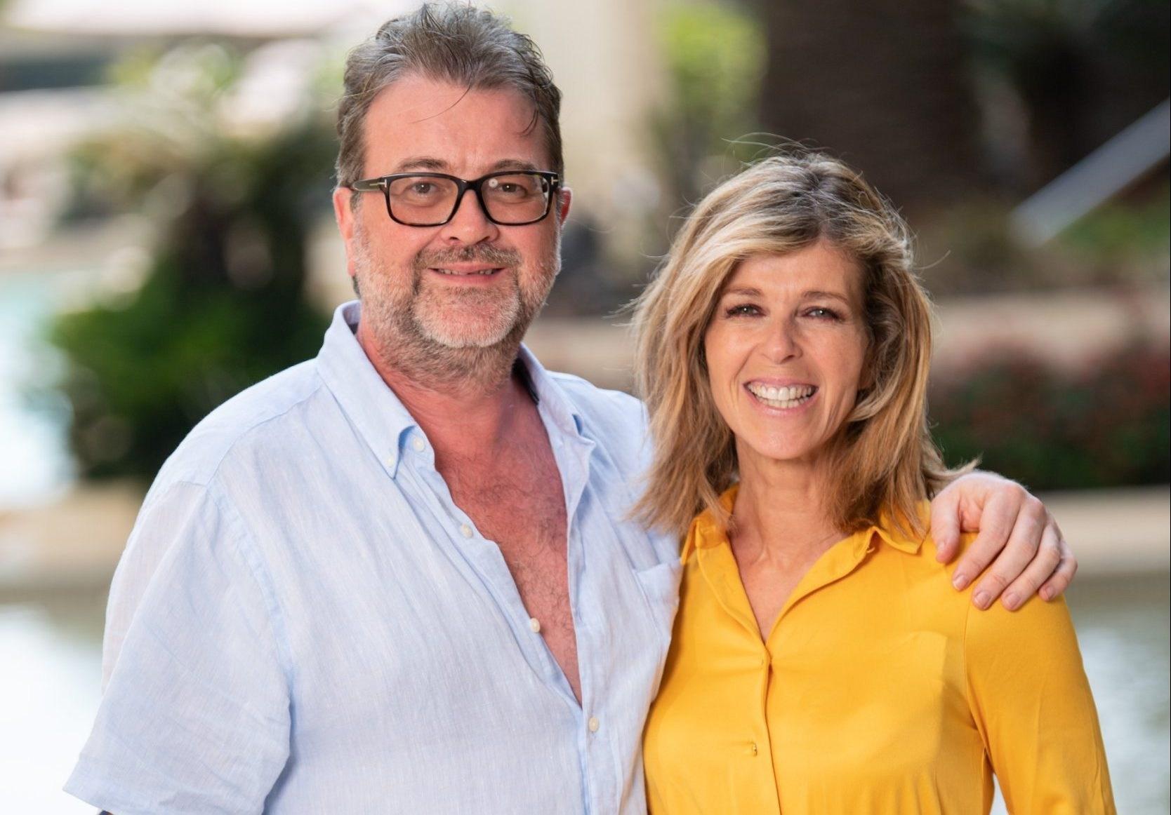 Kate Garraway shares message as fan lights candle for husband Derek amid coronavirus battle