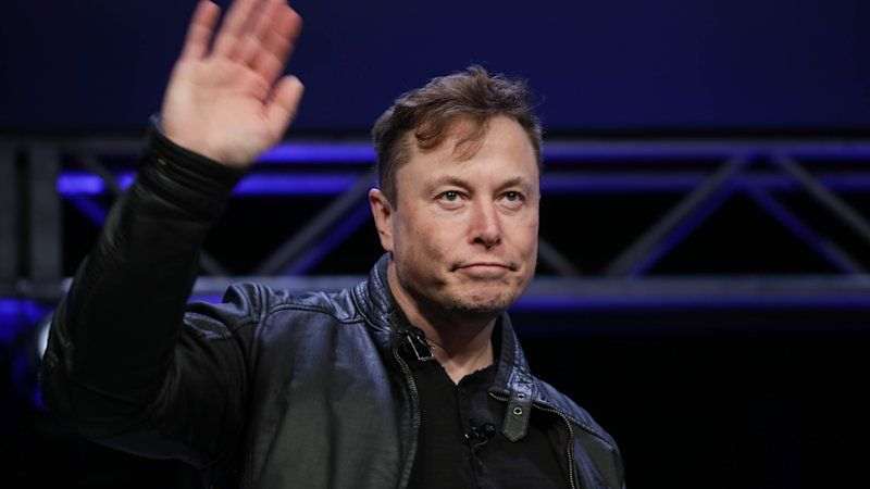 Elon Musk in Twitter spat with California governor, CNN over ventilators claim