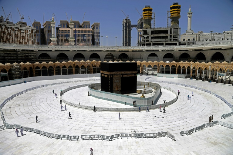 Middle East braces for bleak Ramadan as virus threat lingers