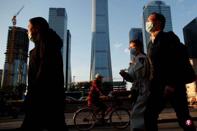 中国大陆昨新增本土确诊病例近六周来首次多于境外输入