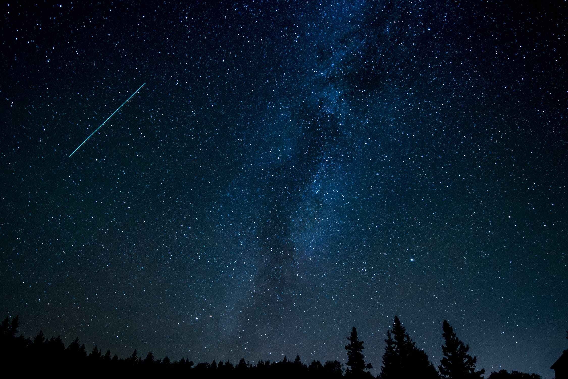 Lyrid meteor shower UK: will I be able to see shooting stars tonight?