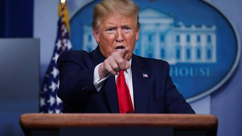 为了保住美国人的饭碗不惜任何代价?特朗普宣布暂停移民申请60天!