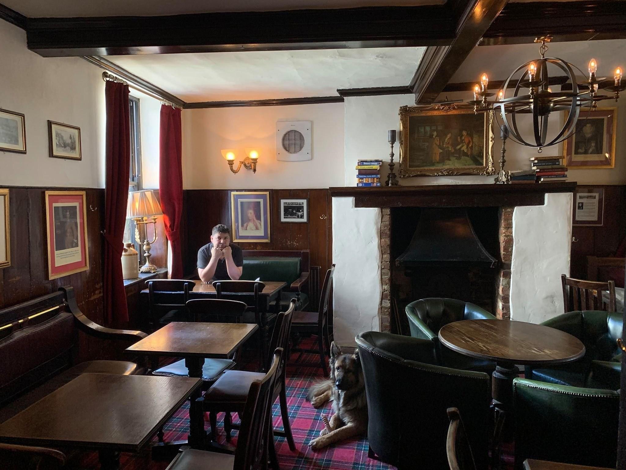 Pubs won't reopen unless breweries scrap rent