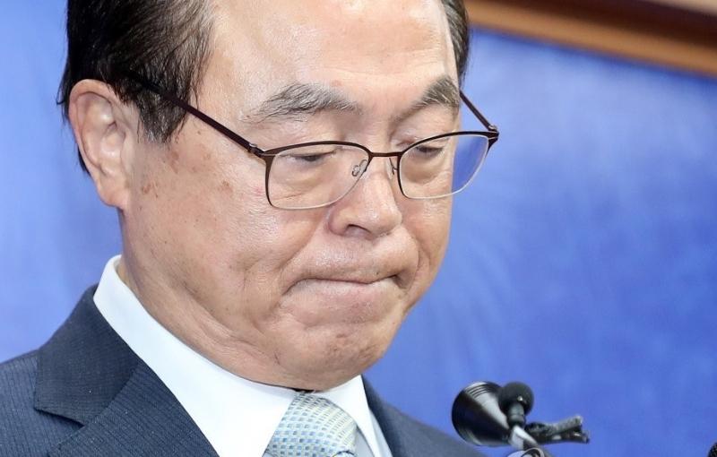 承认性骚扰女公务员‧韩釜山市长辞职