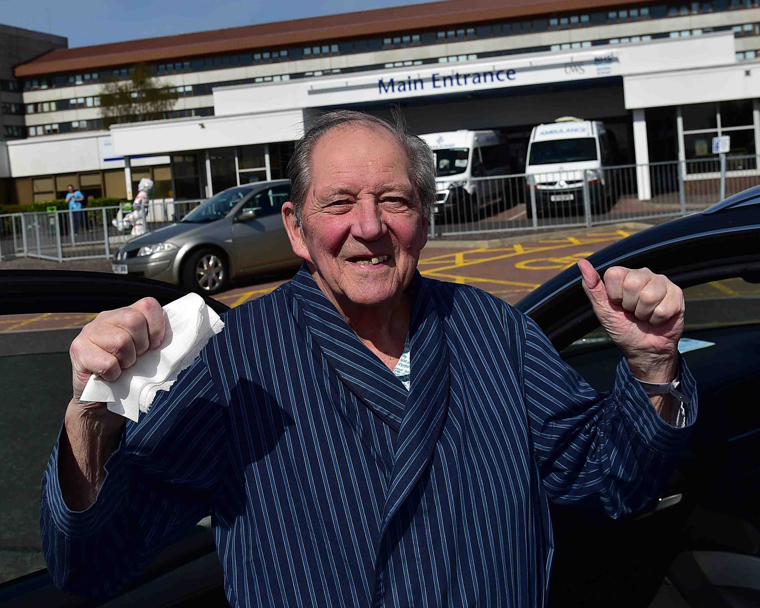 Grandad with one lung after double battle with cancer has now beaten coronavirus