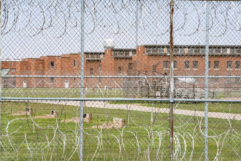In 4 U.S. State prisons, nearly 3,300 inmates test positive for coronavirus - 96% without symptoms